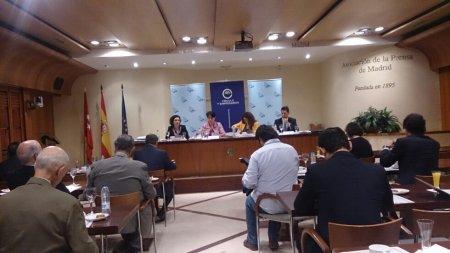 Informe 2014 de la Empresa Mediana Española